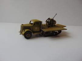 1:72 WW2 German Opel Blitz Maultier w/Flak 38