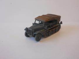 1:72 WW2 German Sdkfz 10 Demag