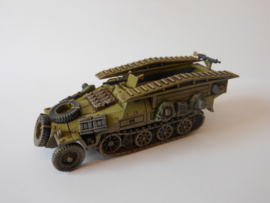1:72 WW2 German Sdkfz 251/7 Ausf D Pioneer