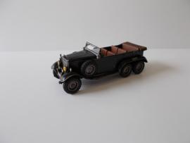 1:72 WW2 German Mercedes Staff Car