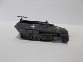 1:72 WW2 German Sdkfz 251/9 Ausf C Stummel