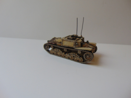 1:72 WW2 Italian M13/40 Command Twin MG (open)