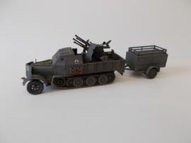 1:72 WW2 German Sdkfz 7/1 Armoured W/Trailer