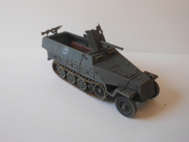 1:72 WW2 German Sdkfz 251/10 Ausf D