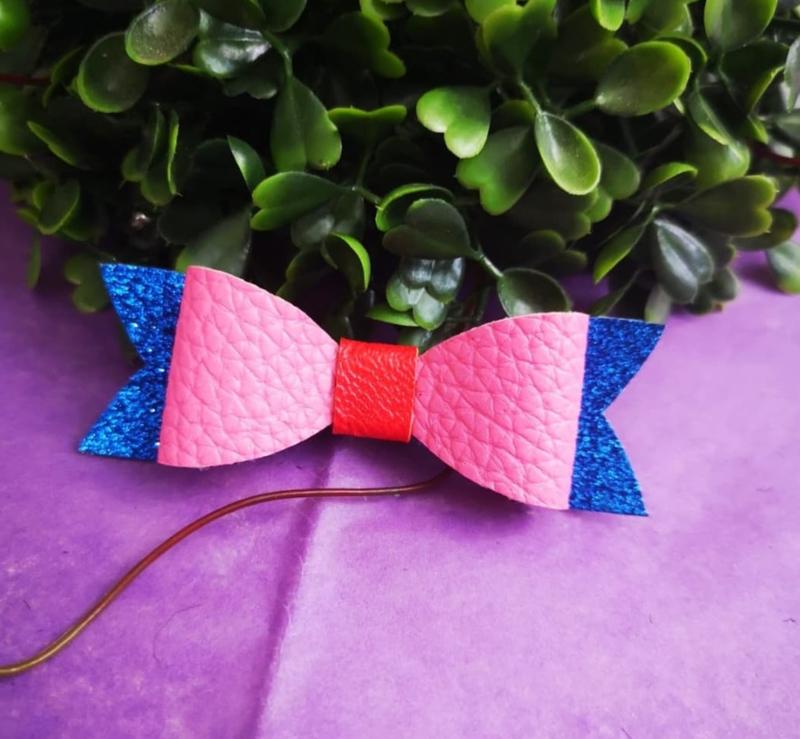 pink/glitter blue