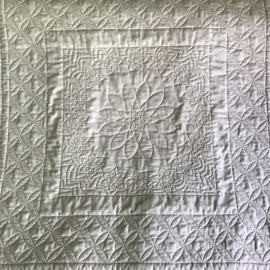 Combinatie van linialen quiltwerk met free motion