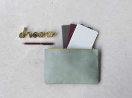 Leren etui 'keep on dreaming' -  BY B+K