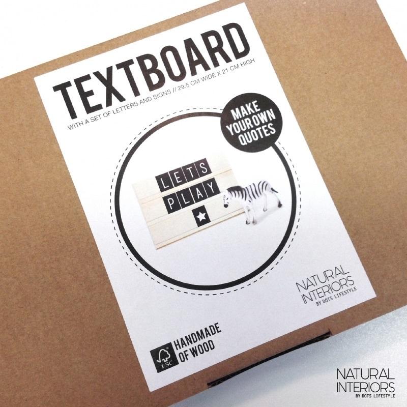 Dots tekstbord hout