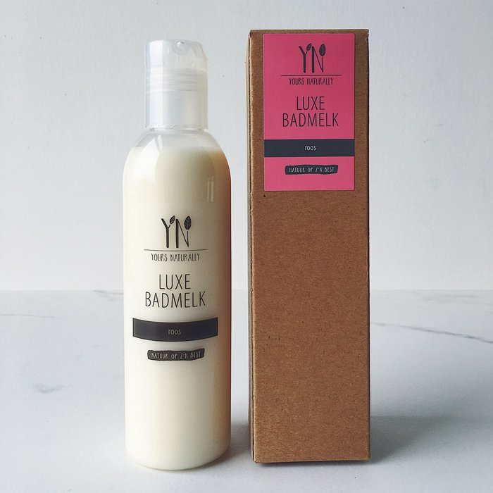 Yours Naturally - Luxe Badmelk - Roos