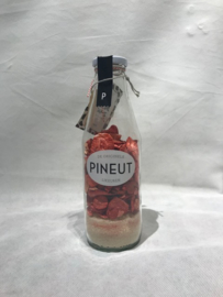 Pineut strawberry