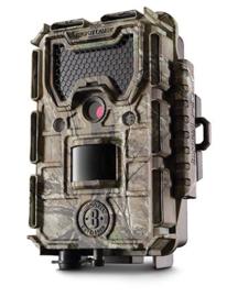 UITVERKOCHT - Bushnell TrophyCam HD Agressor - Camouflage - No Glow - 2017