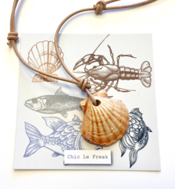 Ketting schelp oranje naturel koord