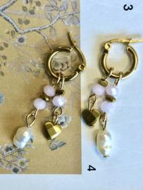Oorringen roze swarovski pareltje en gouden bedels