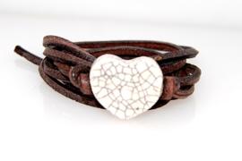 Armband leren veter met craquele hart