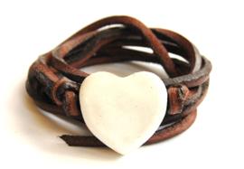 Armband leren veter met wit hart