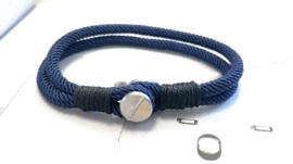 Heren armband blauw koord met schroef sluiting