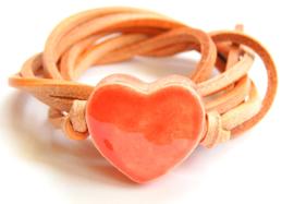 Armband naturel leren veter met meloen hart