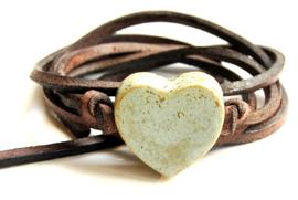 Armband leren veter met antiekgroen hart