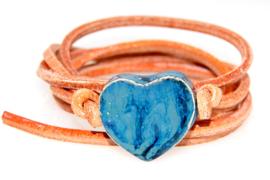 Armband naturel leren veter met jeans hart