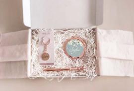 Brievenbus cadeau Sisters / vriendin