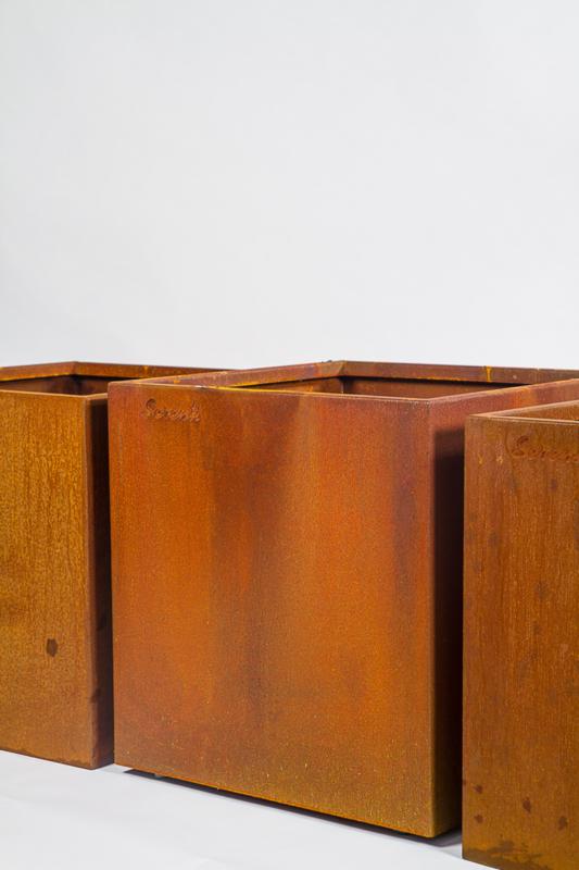 """Bloembak """"Pistoria"""" Cortenstaal 60x60x60 cm(bxlxh)"""