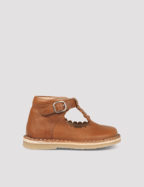 T-bar Scallop boot, Cognac | Petit Nord