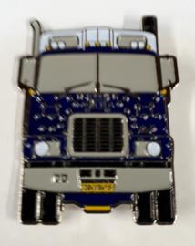 MACK F700 Bulldog Trucking Pin.