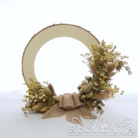 Houten Ring met droogbloemen  - 25 cm