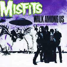 Misfits – Walk Among Us