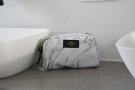 White marble make-up tas