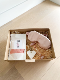 Giftbox: Loved