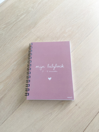 Baby boek 0-12 maanden roze