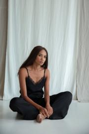 Topje Annelien zwart satijn