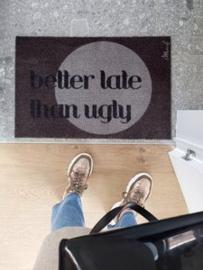 Harde deurmat 'late'