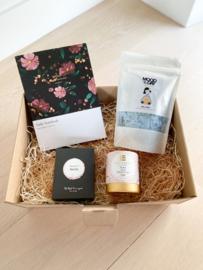 Giftbox: Merlot flowers