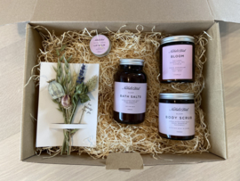 Giftbox: Relax to the absolute max