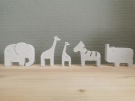 Safari dieren van beton