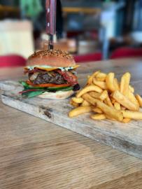 Cheers burger gerecht incl frites