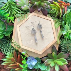 FENSI Gems - Oorbellen -  Labradoriet met bloem tussenstuk