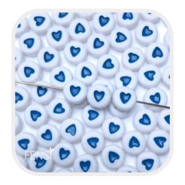 Acryl kralen met blauw hart - 10 stuks