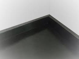 zwarte hygiënische plint  6cm hoog prijs per meter
