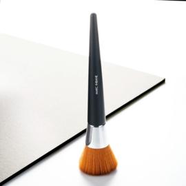 MARC INBANE's powder brush
