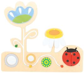 Speelwand Bloemen en Lieveheersbeestje
