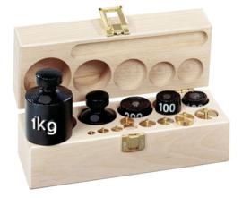 Gewichtenset L in houten kist met deksel