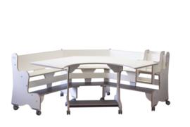 Tafel en zitbank hoekmodel verrijdbaar, berken/wit hpl