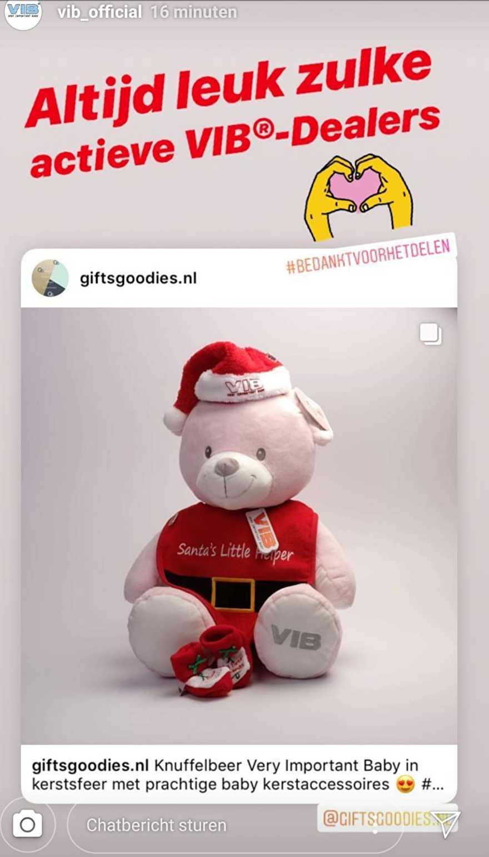 Kerst knuffelbeer Very Important Baby www.giftsgoodies.nl