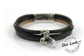 Sierlijke armband met bedeltjes, zwart