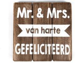 Houten onderzetter/tekstbord Mr & Mrs, naturel