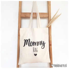 Mommy bag, Miekinvorm