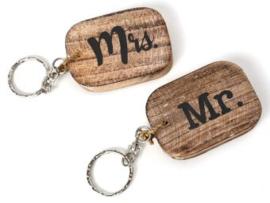 Houten Mr en Mrs sleutelhangers